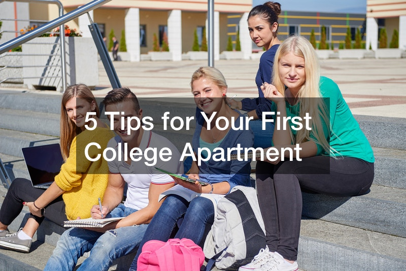 5 Tips for Your First College Apartment